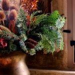 Tannenzweige in Vase haltbar machen – so geht es